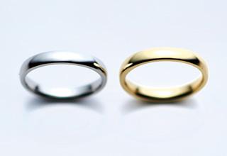 プラチナとゴールドの指輪