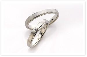 ペアで180000円~の指輪画像