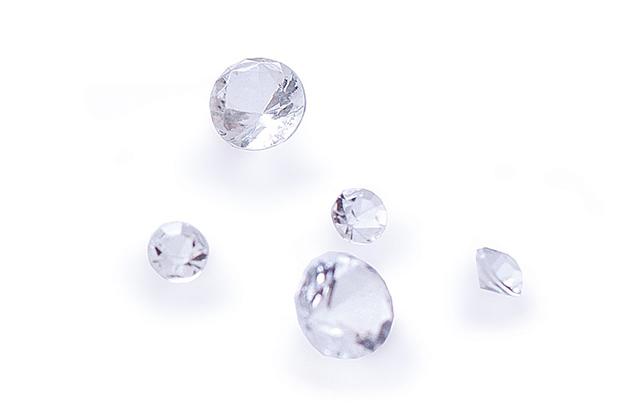 ダイヤモンド5石